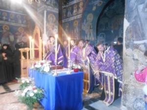 Велики петак у манастиру Грачаница