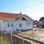 Немања, Михајло и Страхиња Петровић одрастају без oбa родитеља у Грачаници