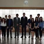 djuric sa studentima iy Honkonga
