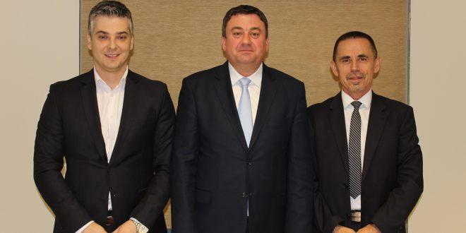 Министар Тодосијевић потписао споразуме о разумевању са градоначелницима Звечана и Зубиног Потока