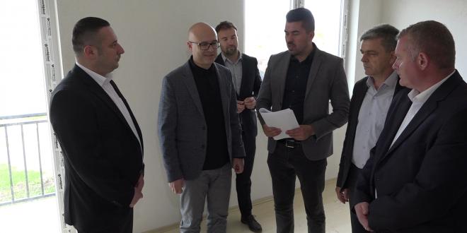 Вучевић: Изградња стамбених зграда потврда да Срби опстају и остају на КиМ