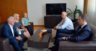 Ђурић: Грађани РС показују љубав без преседана према српском народу на КиМ