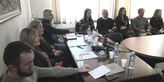 На Косову и Метохији и данас угрожен српски језик