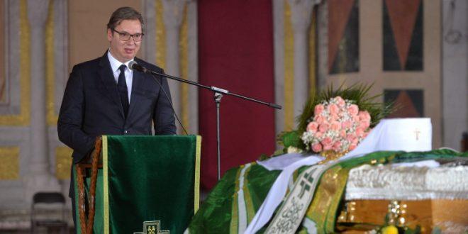 Вучић: Патријарх Иринеј обновио дух српског заједништва, а највећа брига му је била Kосово и Метохија