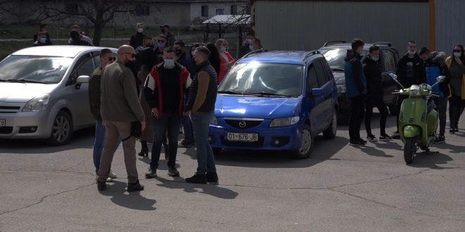 На улицама Грачанице одржана протестна вожња због пребијања српског младића, тражи се непристрасна истрага
